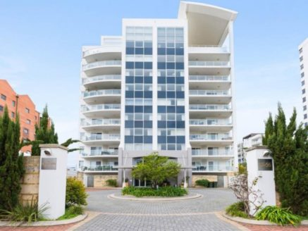The Stamford <br> Apartments <br> East Perth